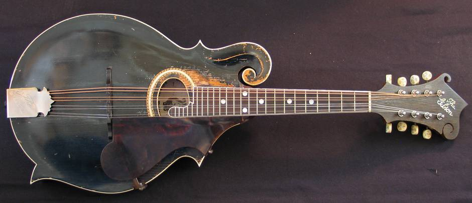 01Gibson1908F2_FullFront_web